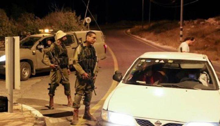 مستوطنون يرشقون مركبات المواطنين بالحجارة شمال رام الله