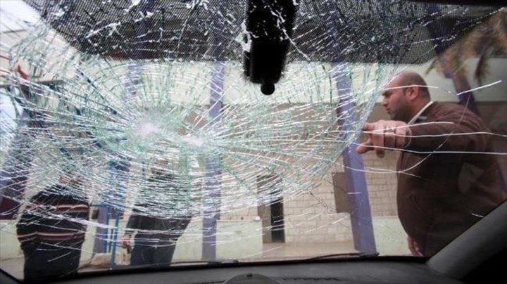 مستوطنون يهاجمون منازل وسيارات المواطنين في بيت لحم