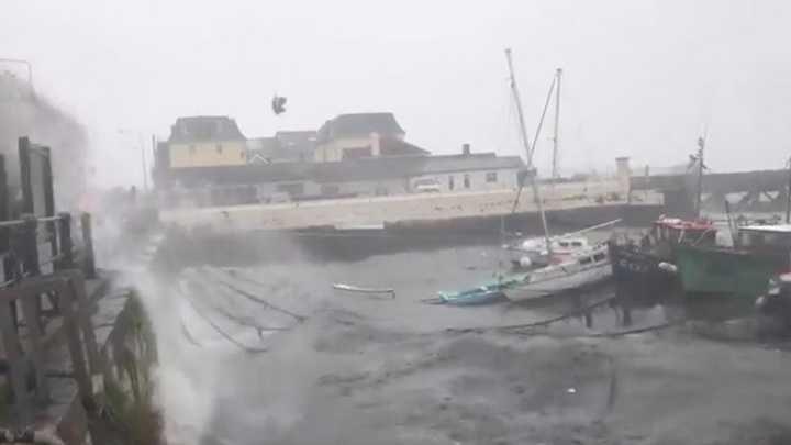 مصرع 13 شخصاً وفقدان العشرات في إعصار قوي شرق الصين