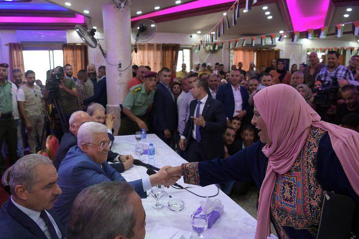 الرئيس يؤكد على أهمية الوحدة الوطنية وإنهاء الانقسام