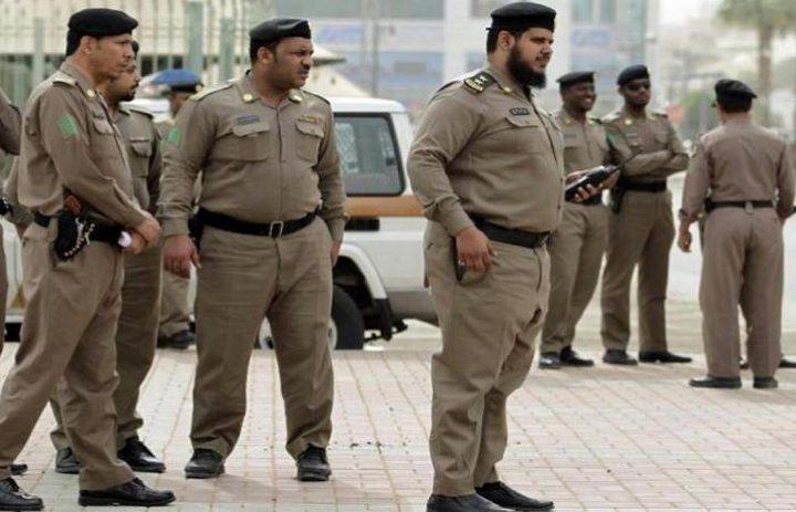 رجل أمن سعودي يرفض أخذ مكافأة مالية على عمله من حاجة عربية