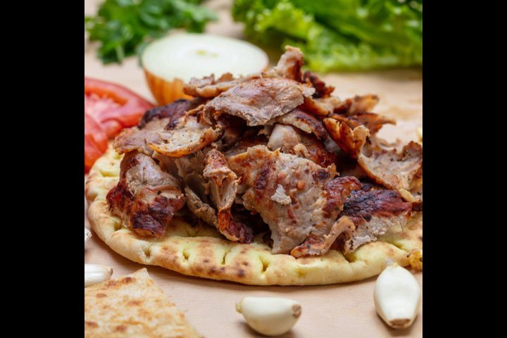شاورما اللحم بالطريقة التركية