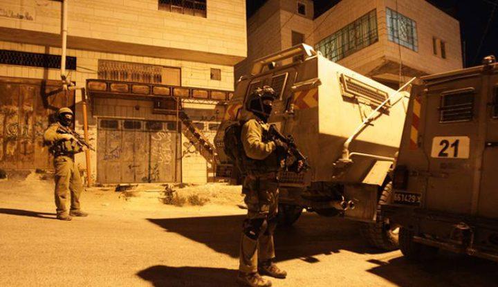 اصابات بالاختناق عقب اقتحام الاحتلال لبيت كاحل