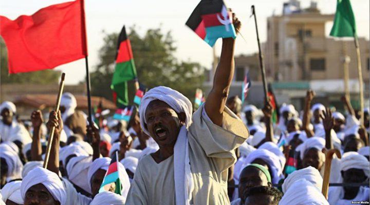 السودان يشهد التوقيع النهائي على وثائق المرحلة الانتقالية
