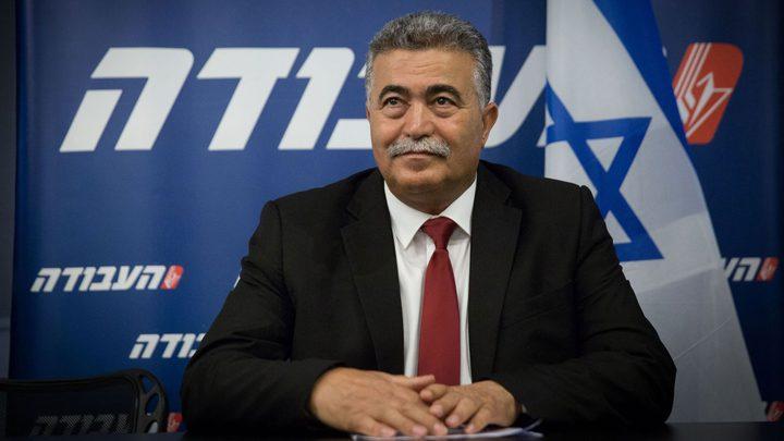 بيرتس يزعُم: قادة حماس يريدون نتنياهو وأموال قطر لا تضمن الهدوء