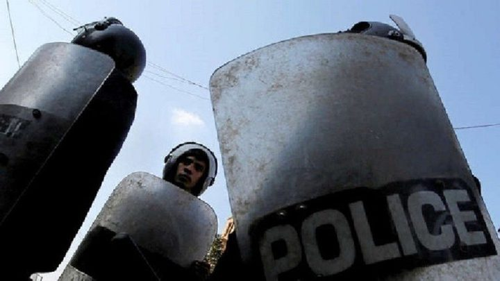 مصري يقتل زوجته ويصيب أولاده و14 شخصاً اخرين