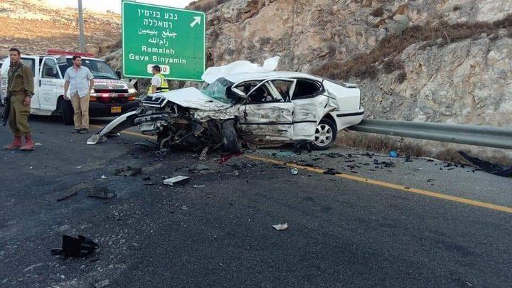 مصرع شخص واصابة 4 بحادث تصادم مركبتين قرب رام الله