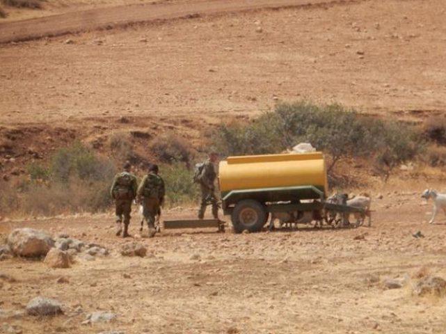 الاحتلال يدمر خزان مياه قرب قرية بردلة
