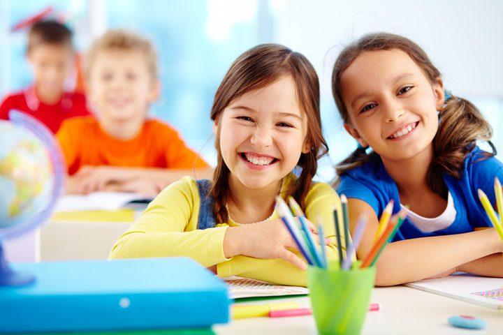طرق تجعل طفلك يحب المدرسة