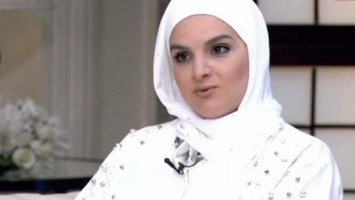 الفنانة المصرية شيماء سعيد ترتدي الحجاب