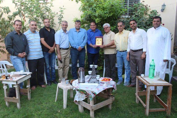 """""""المكتب الحركي"""" يكرم صحفيين ويهنئ آخرين شمال غزة"""