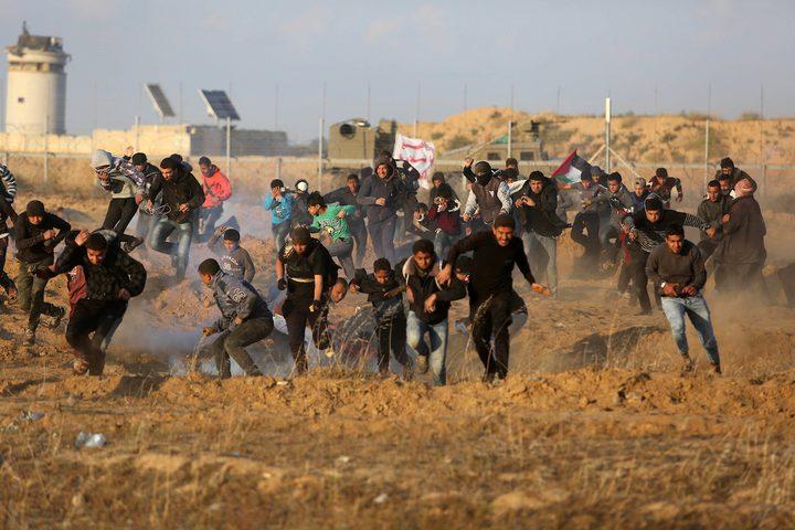 إصابات بالرصاص وبالاختناق جراء قمع الاحتلال مسيرات العودة السلمية
