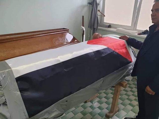 جثمان الشهيد تامر السلطان في طريقه إلى قطاع غزة