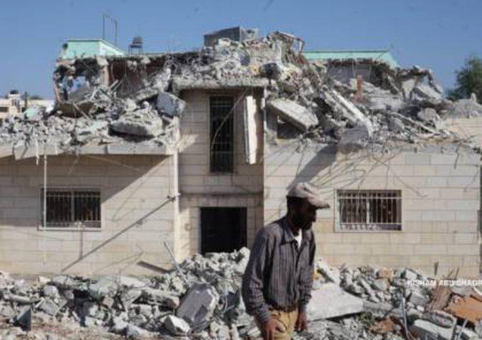 الاحتلال يجبر مواطناً على هدم منزله بالقدس المحتلة