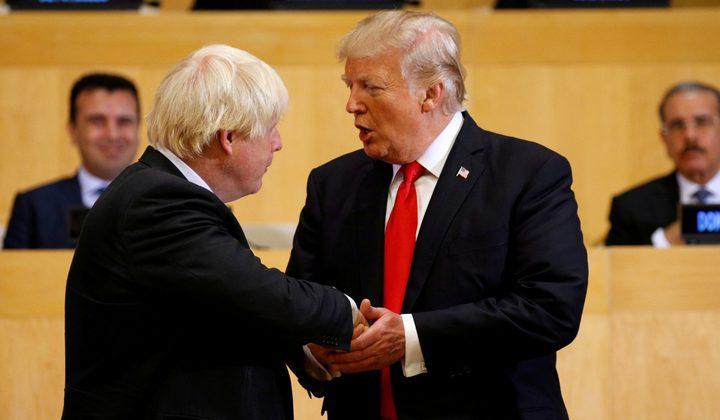 جونسون يدعو لإزالة العوائق الأمريكية من أمام الشركات البريطانية