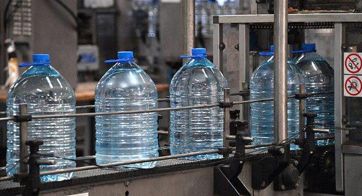 احذروا مياه الشرب المعبأة في زجاجات بلاستيكية