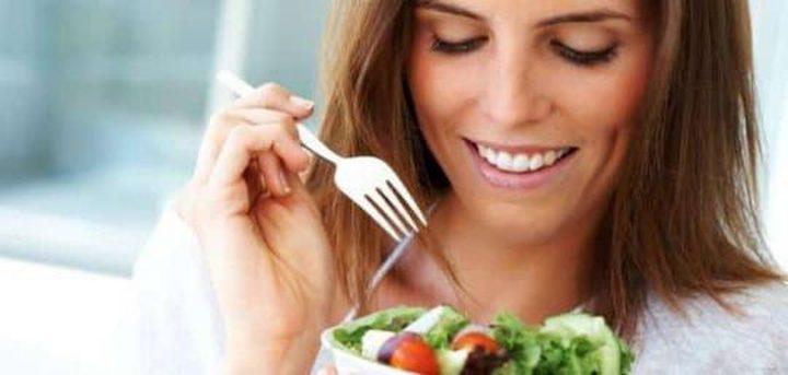 أبرز الأطعمة المهمة لصحة الأم بعد الولادة