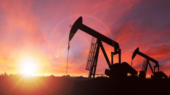 النفط يستقر وسط تفاؤل بشأن الحرب التجارية