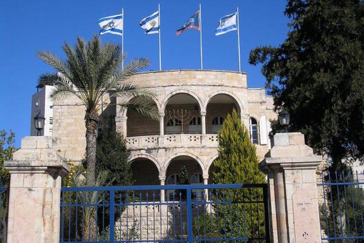 """إسرائيل تتعامل مع تهديدات """"حزب الله""""بجدية وتكثف من حماية سفاراتها"""