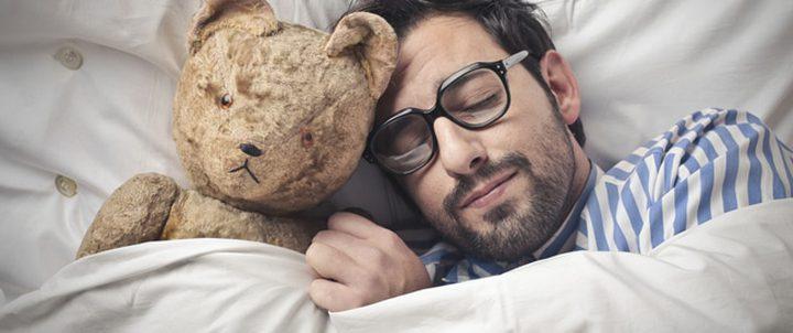 النوم الطويل يرفع إحتمالية الإصابة بفقدان الذاكرة