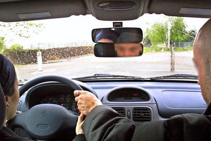 وزارة النقل: كاميرات مراقبة داخل مركبات فحص السياقة