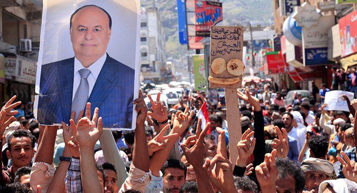 الرئيس اليمني يطالب دول عربية بإيقاف هجومها على بلاده
