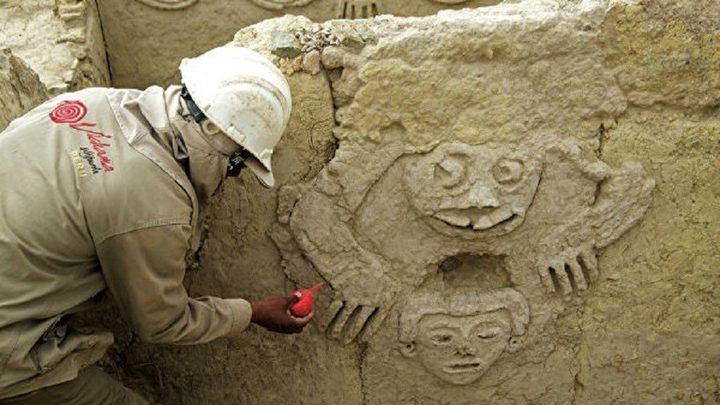 اكتشاف نقوش جدارية في بيرو عمرها نحو 3800 سنة