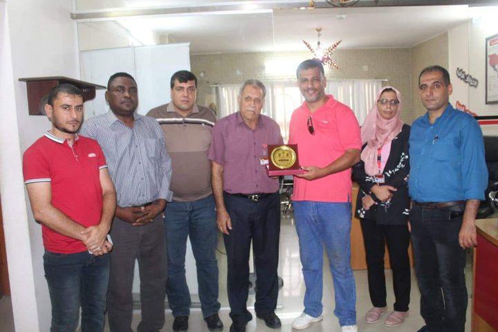 """""""المكتب الحركي""""ينظم زيارات لصحفيين ومفوض المكاتب الحركية بغرب غزة"""