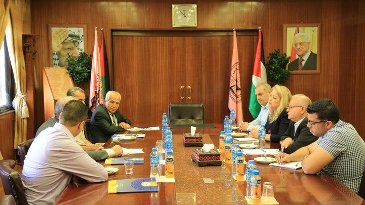 سفير فلسطين لدى استراليا يبحث آفاق التعاون مع جامعة النجاح