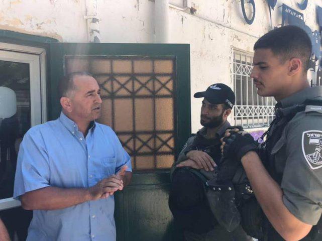 """اعتقال رئيس ومنسق دوري العائلات في جمعية """"برج اللقلق"""" بالقدس"""