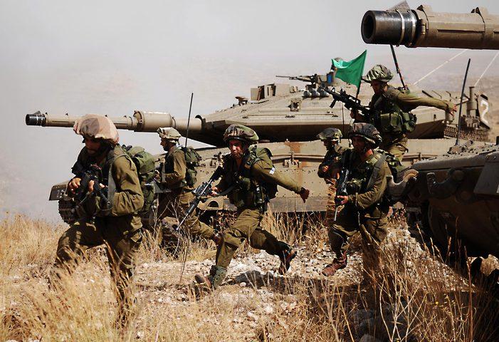 """الاحتلال يعزز استعداداته لـ""""جميع الاحتمالات"""" بالقرب من حدود لبنان"""