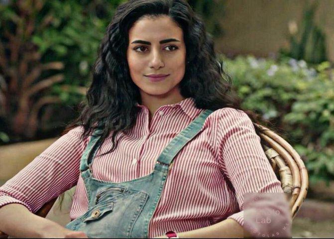 الفنانة المصرية ولاء الشريف تعلن خطوبتها