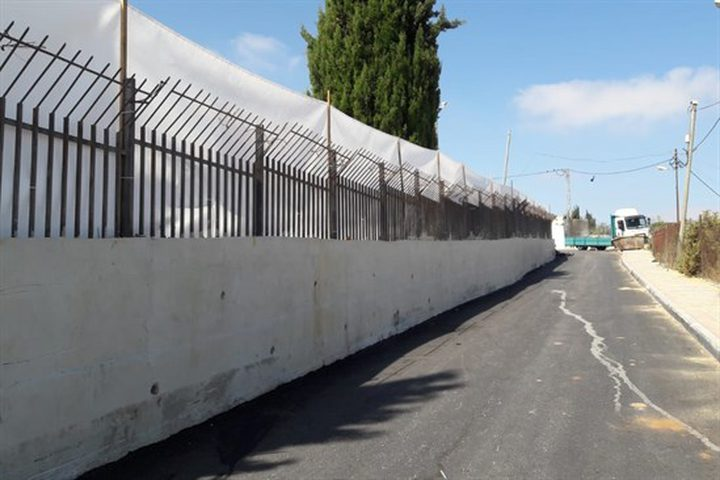 الاحتلال يفرض تشديدات عشية زيارة نتنياهو للخليل