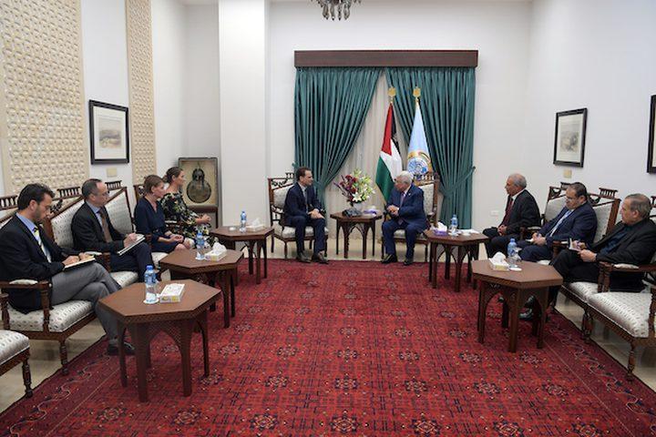 الرئيس عباس: يجب دعم الأونروا لتوفير الخدمات الأساسية للاجئين