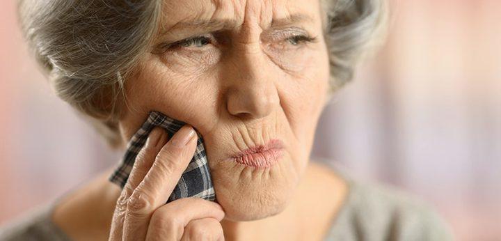 تعرف على بعض العلاجات المنزلية لألم الأسنان واللثة