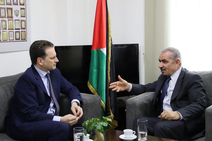 اشتيه يستقبل المفوض العام للأونروا بمدينة رام الله