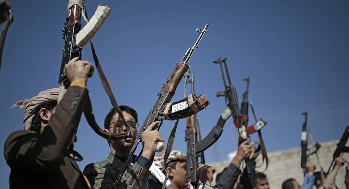 الحكومة اليمنية ترحب بدعوة الحوار مع السعودية