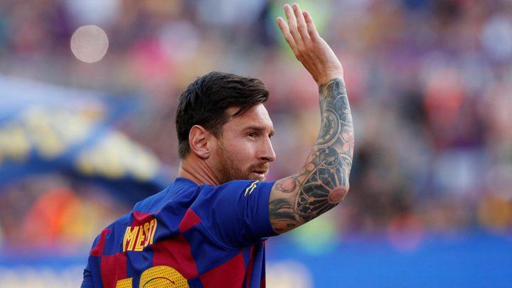 برشلونة لميسي: بإمكانك الرحيل متى تشاء