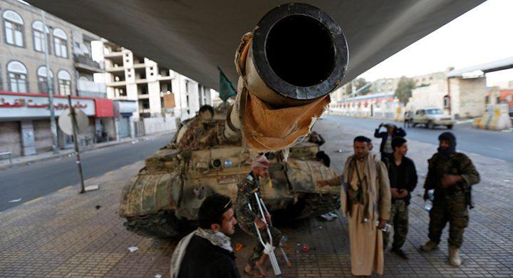 """""""أنصار الله"""" تعلن قصفها تجمعات عسكرية غربي السعودية"""