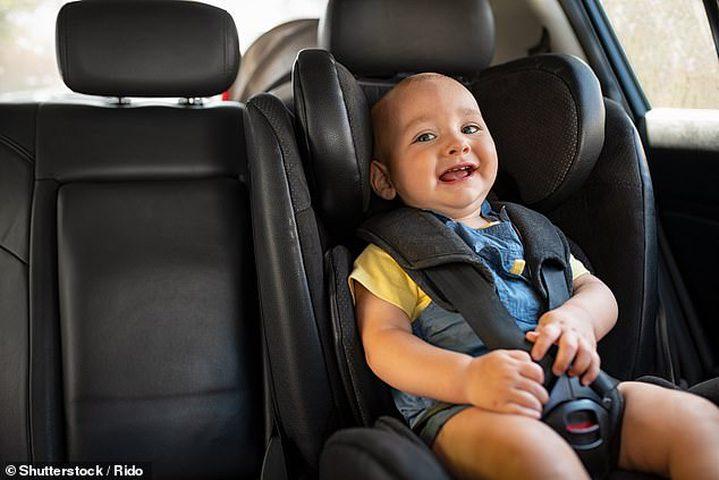 تجنبوا وضع أطفالكم الرضع في السيارة لـ30 دقيقة