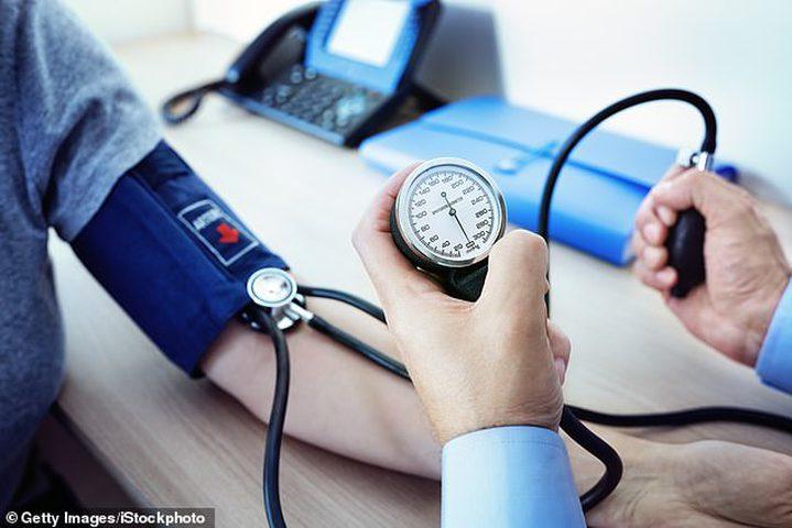 ارتفاع ضغط الدم مع الاكتئاب سببه الأمعاء