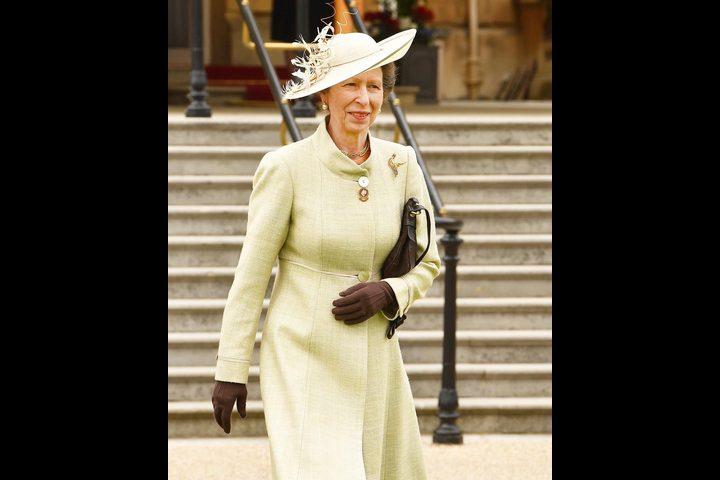 الأميرة آن تحتفل في يوم ميلادها الـ69