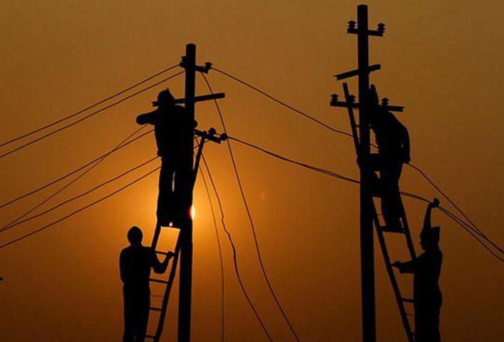 مفتي فلسطين يؤكد حرمة سرقة التيار الكهربائي