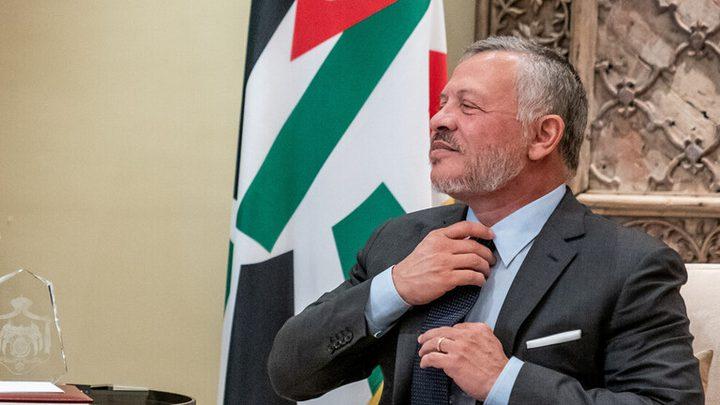 الملك عبد الله يزور إحدى المؤسسات الأردنية متخفيًا