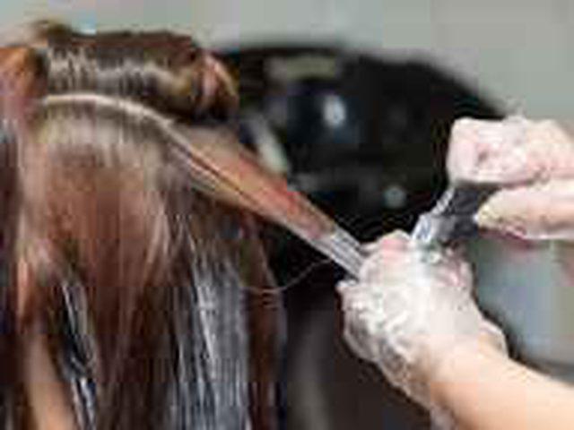 إزالة صبغة الشعر عن الملابس