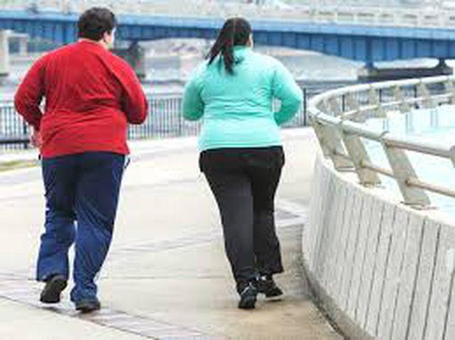 لماذا يكتسب بعض الأشخاص وزناً عند تقدمهم بالسن