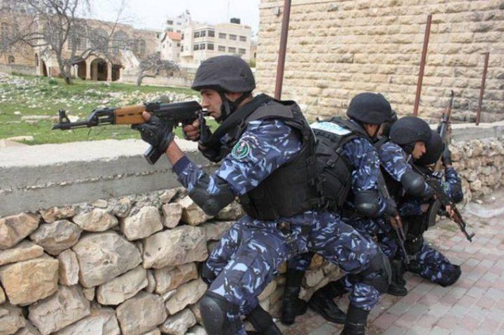 شرطة قلقيلية تعتقل فارًا بحقه أوامر حبس ب3.8 مليون شيقل