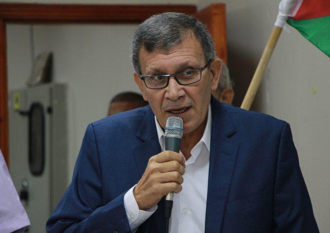 الفتياني: تصريحات بحر لا تستحق الرد والرئيس عباس رمز الشرعية