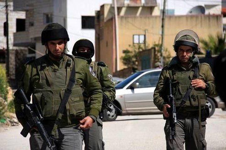 قوات الاحتلال تعتقل مواطنين من بيت لحم