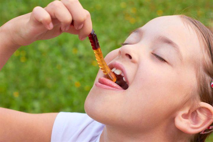 حلويات الجيلاتين تهدد طفلِك بالسرطان